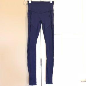⚜️ Lululemon purple leggings 4
